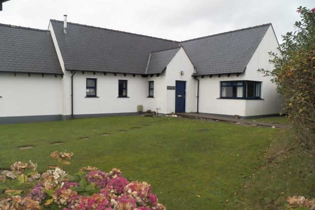Thumbnail Bungalow to rent in Eastmoor Park, Cuffern, Roch, Haverfordwest