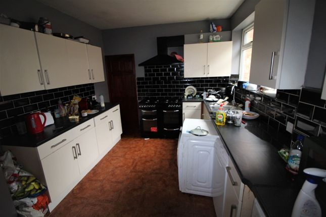 Thumbnail Semi-detached house to rent in Seely Road, Lenton, Nottingham