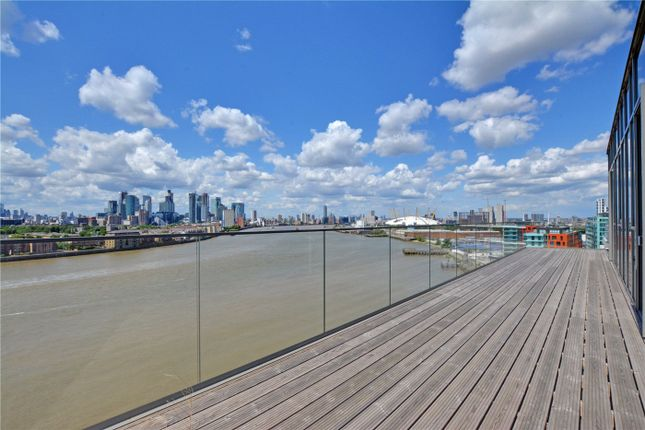 Picture No. 19 of Wyndham Apartments, 60 River Gardens Walk, Greenwich, London SE10