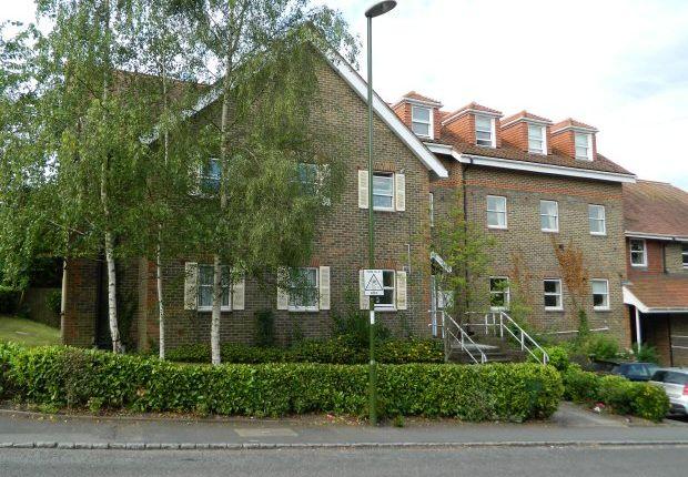 Thumbnail Flat to rent in West Street, Billingshurst