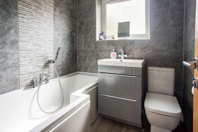 Bathroom of Bowmandale, Barton-Upon-Humber DN18
