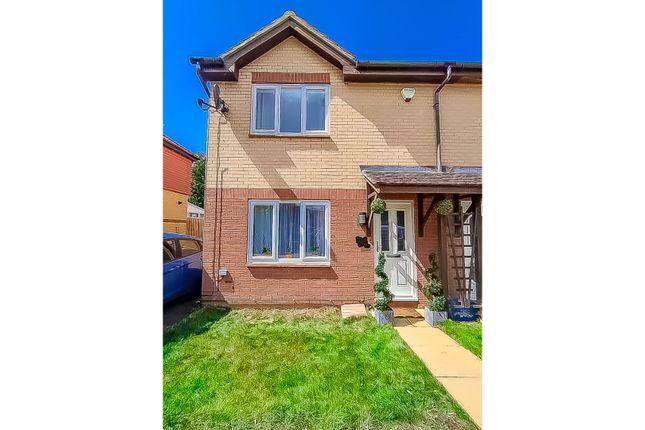 Thumbnail Semi-detached house for sale in Pettingrew Close, Milton Keynes