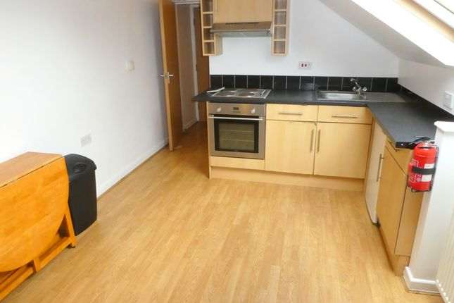 Thumbnail Flat to rent in Birchfields Road, Manchester