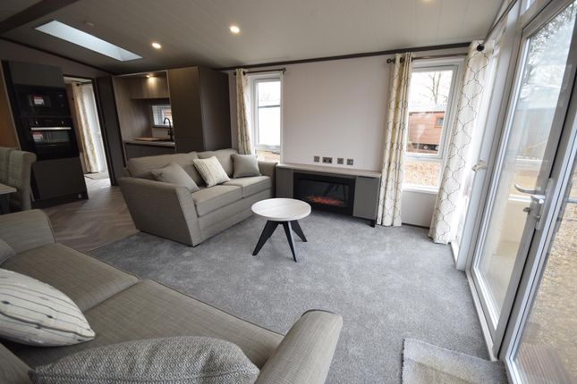 Thumbnail Mobile/park home for sale in Station Road, St. Fillans, Crieff