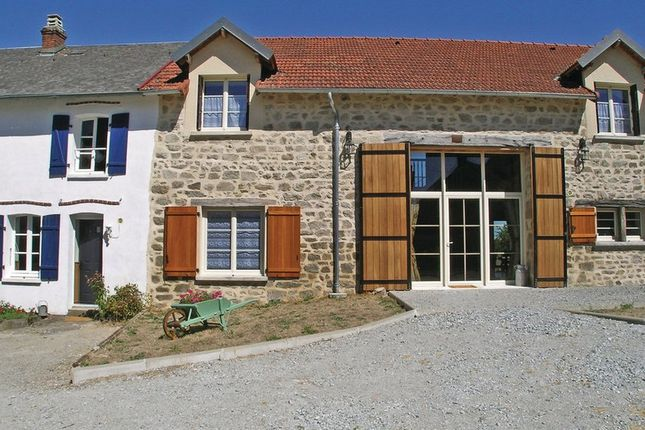 Thumbnail Villa for sale in Saint-Dizier-Leyrenne, Creuse, Nouvelle-Aquitaine