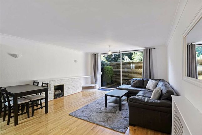 3 bed flat for sale in Queen Adelaide Road, Penge, London SE20