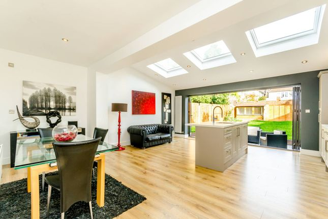 Thumbnail Terraced house to rent in Tilehurst Road, Magdalen Estate