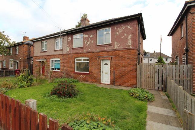 Thumbnail Semi-detached house to rent in Ashdown Avenue, Scunthorpe