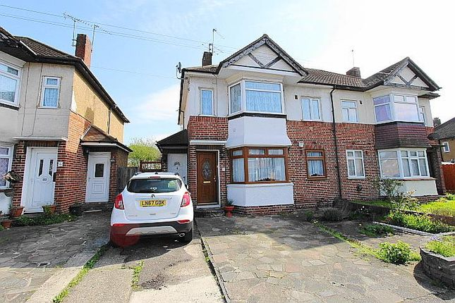 Thumbnail Maisonette to rent in Stratford Road, Hayes, Middlesex