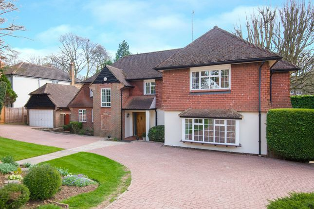 Thumbnail Detached house for sale in The Clump, Rickmansworth, Hertfordshire