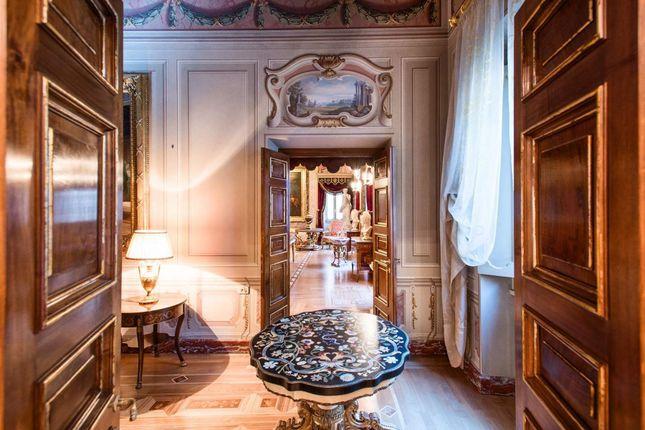 Thumbnail Apartment for sale in Via Del Governo Vecchio, 00186 Rome Rm, Italy
