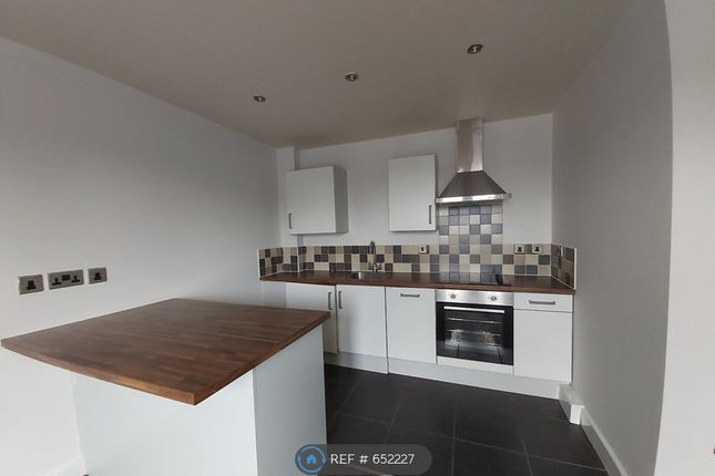 Thumbnail 2 bed flat to rent in Low Road, Balby, Doncaster