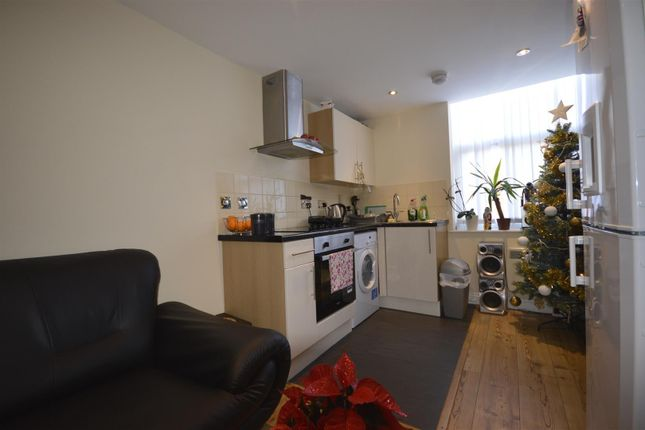 1 bed flat to rent in Fosse Road North, Leicester LE3
