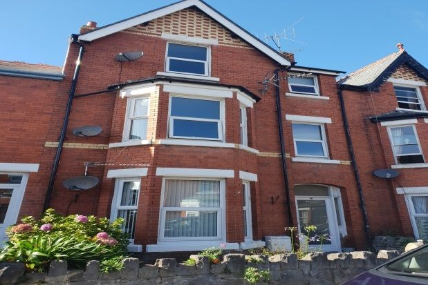 Thumbnail Flat to rent in Princess Road, Old Colwyn, Colwyn Bay