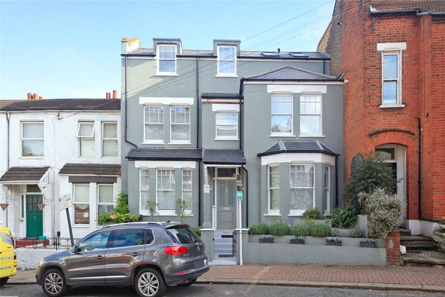 5 bed terraced house for sale in Brayburne Avenue, London