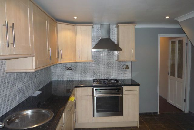 Thumbnail Terraced house to rent in Russell Place, Fareham