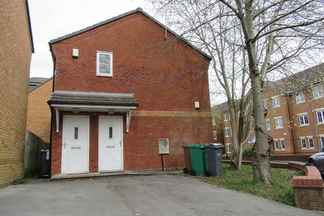 Thumbnail Maisonette for sale in Chelsfield Grove, Chorlton, Manchester.