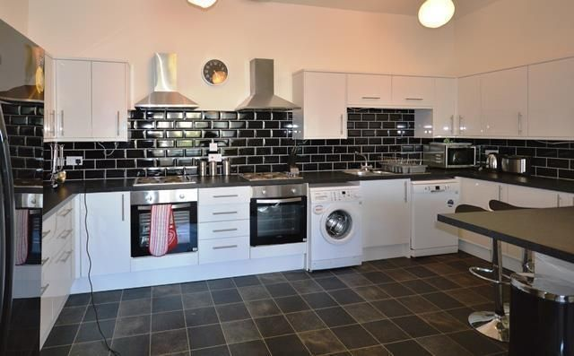 Thumbnail Flat to rent in Broughton Street, Edinburgh