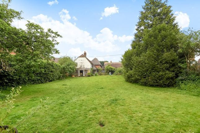 Thumbnail Cottage for sale in Chilton Foliat, Hungerford