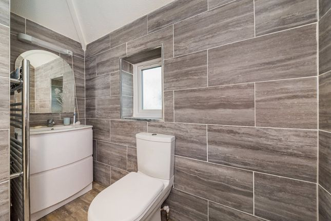 Wet Room of Larkins Road, Croydon, Royston SG8