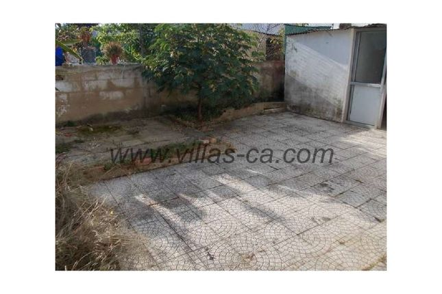 2 bed detached house for sale in Quelfes, Quelfes, Olhão
