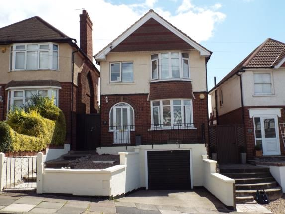 Thumbnail Detached house for sale in Avebury Avenue, Leicester, Leicestershire, England