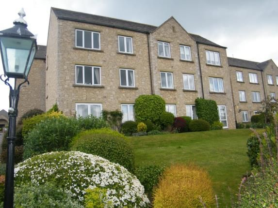 Thumbnail Flat for sale in Bredon Court, Station Road, Broadway, Worcestershire