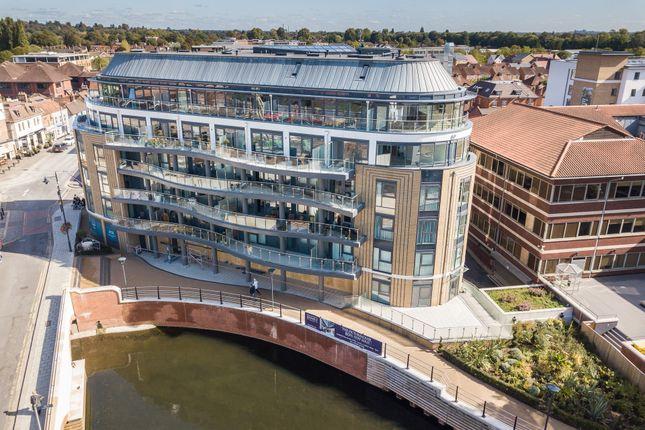 Thumbnail Penthouse for sale in Bridge Avenue, Maidenhead