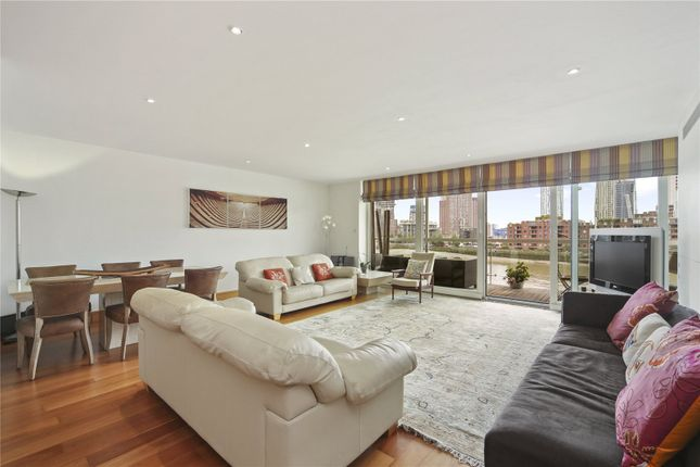 Thumbnail Flat for sale in Grosvenor Road, London