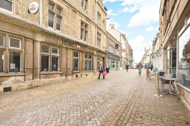 2 bed maisonette to rent in St Pauls Street, Stamford, Lincs