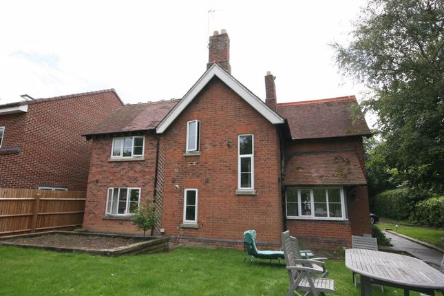 Thumbnail Detached house for sale in Barnwood Road, Barnwood, Gloucester