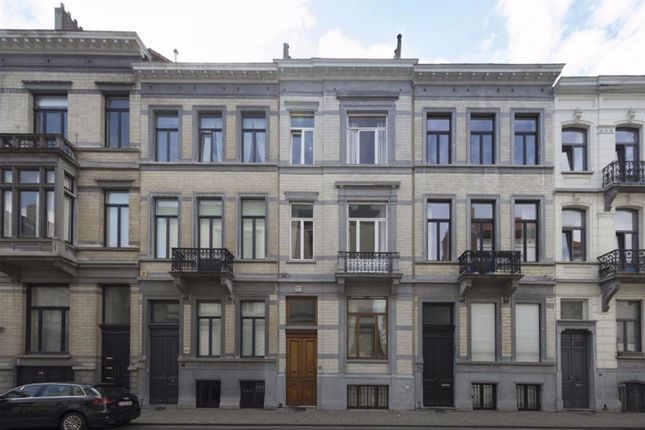 Thumbnail Town house for sale in Brussels, Chatelain Kastelijn