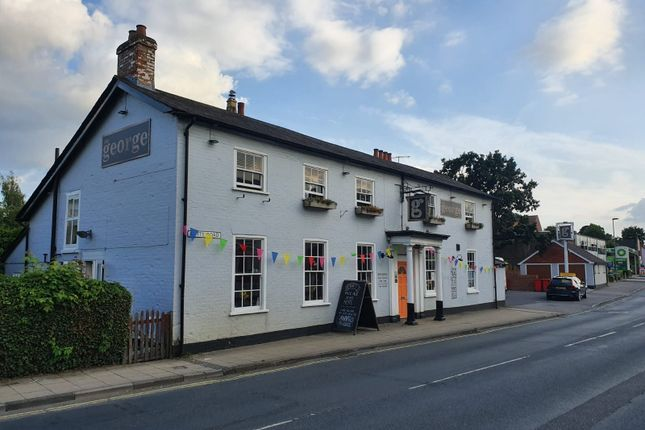 Thumbnail Pub/bar for sale in Butts Road, Hampshire: Alton