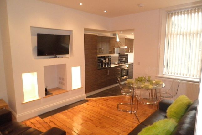 Thumbnail Flat to rent in Second Avenue, Heaton