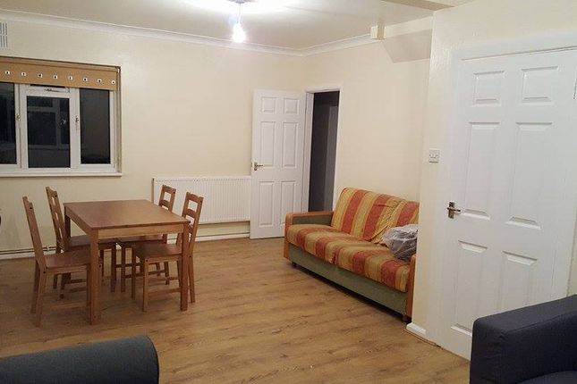 Thumbnail Terraced house to rent in Mill Road, Docklands, London