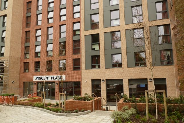 Thumbnail Flat to rent in Vincents Walk, Southampton