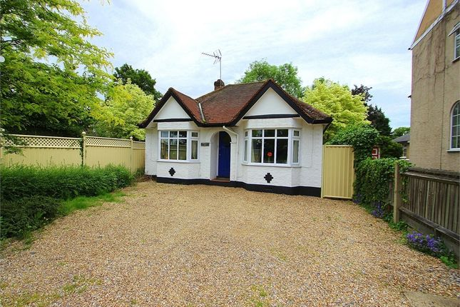 Thumbnail Detached bungalow to rent in Slough Road, Datchet, Berkshire