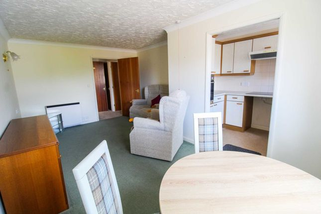 1 bed flat for sale in Waterside Court, St Neots PE19