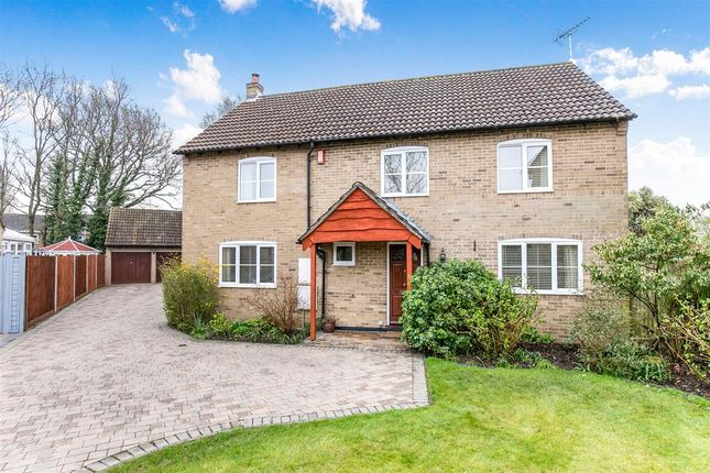 Thumbnail Detached house for sale in Graffham Close, Lower Earley, Reading