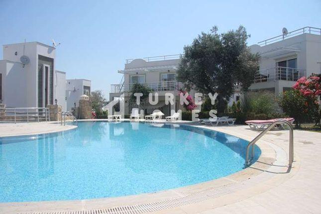 Yalikavak Apartment - Minutes From Palmarina - Large Shaped Pool