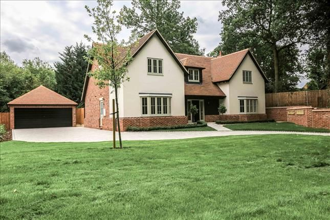 Thumbnail Detached house for sale in School Road, Kelvedon Hatch, Brentwood