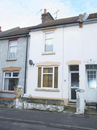 Thumbnail Terraced house for sale in Victoria Road, Chatham