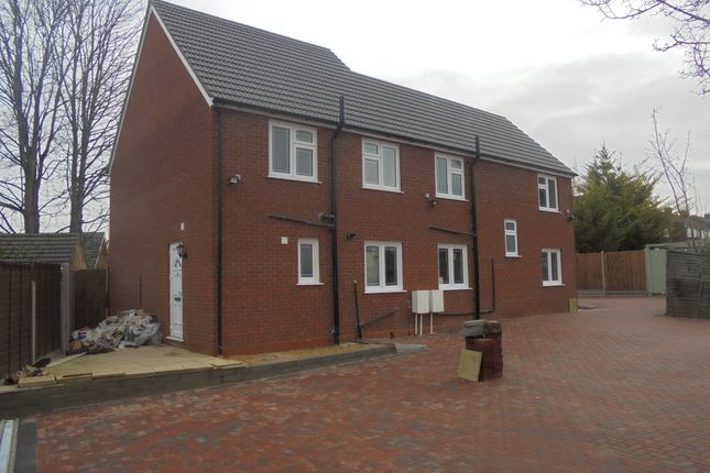 Thumbnail Semi Detached House To Rent In Marsh Road Luton