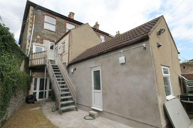 Thumbnail Flat to rent in 54 High Street, Kingswood, Bristol