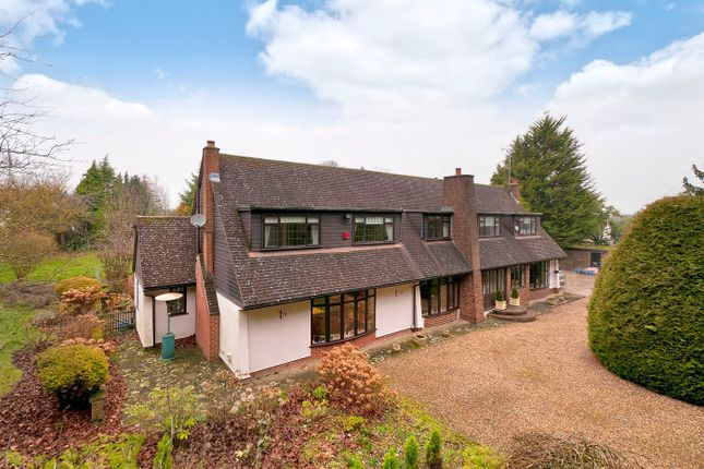 Thumbnail Detached house for sale in London Road, West Malling