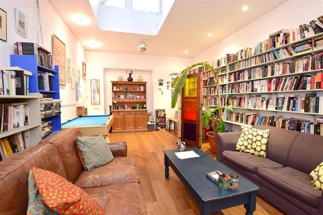 Family Room of Talbot Terrace, Lewes, East Sussex BN7