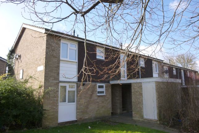 Thumbnail Maisonette to rent in St. Peters Way, New Bradwell, Milton Keynes