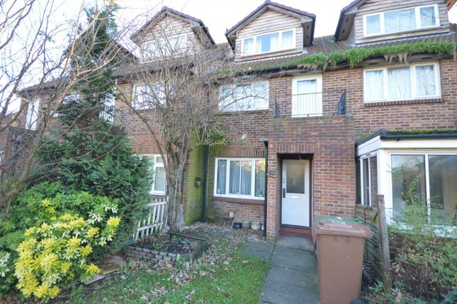 Thumbnail Maisonette for sale in Haldane Road, London