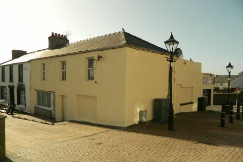 Thumbnail Leisure/hospitality for sale in Charles Street, Neyland, Milford Haven