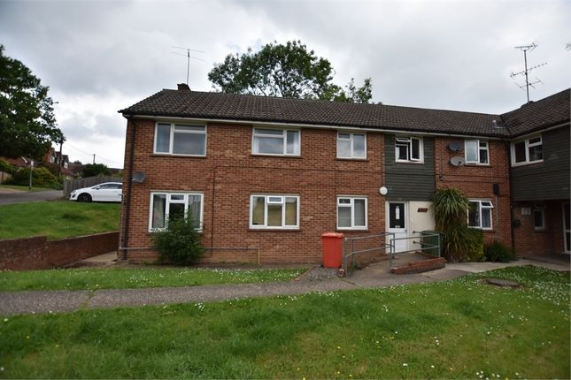 Thumbnail Flat to rent in Red Rose, Binfield, Berkshire